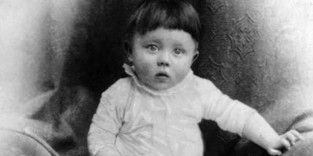 Adolf Hitler infância